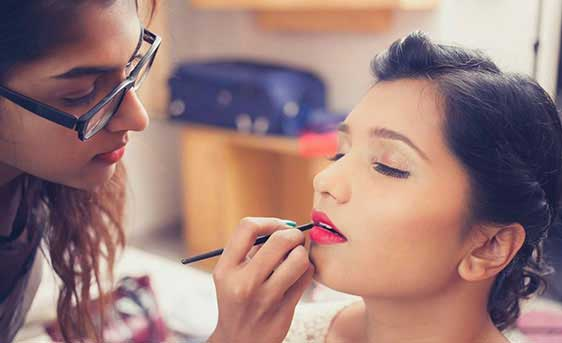 Personal Makeup Courses & Workshops In Mumbai